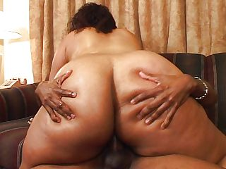 BBW cock craving ebony bitch going for it